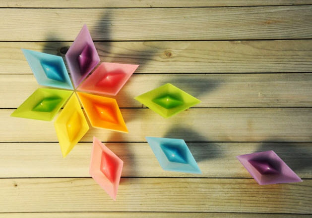 Colorful Candles in Shape of Folded Paper Boat_3