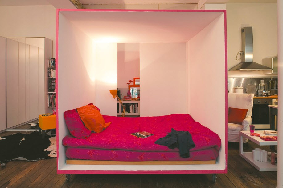 Mobile Bed Cube For A Studio Apartment_5