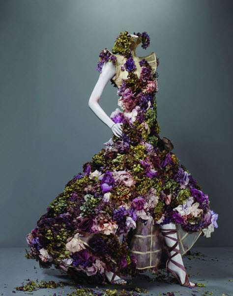 Best Alexander McQueen Multi-colored Dresses_6