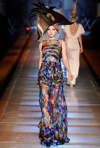 Best Alexander McQueen Multi-colored Dresses_9