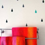 Bathroom Decorating Ideas with Beautiful Wall Arts_10