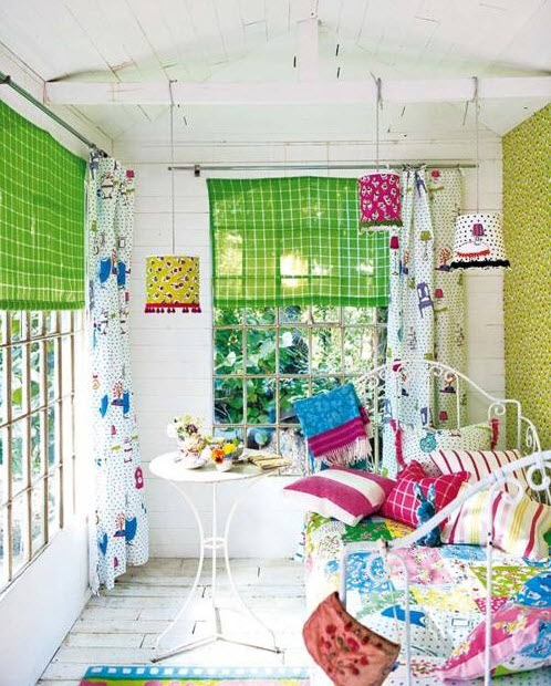 Fun Paint Colors for Small Rooms_10