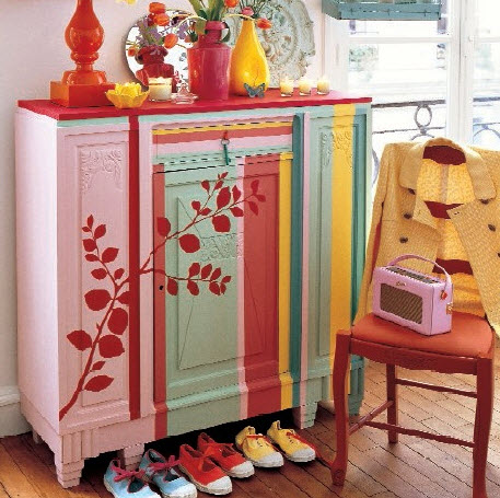 Bright and Colorful Vintage Furnitures for Fun Vintage Decorating Ideas