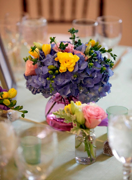 Colorful Floral Wedding Centerpieces to Complete your Wedding Decoration_7