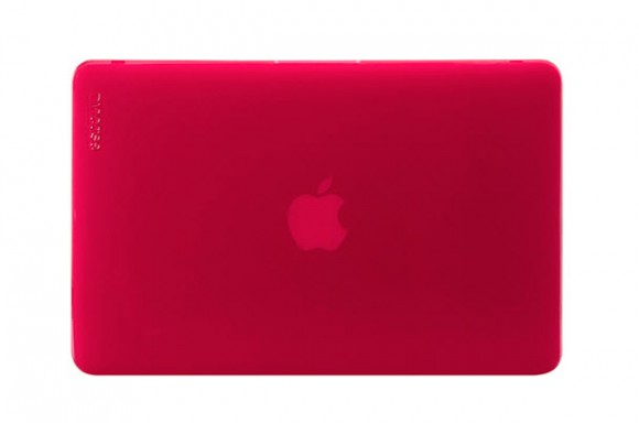 Incase's Vibrant Hardshell Cases for MacBook Pro and Air – Raspberry