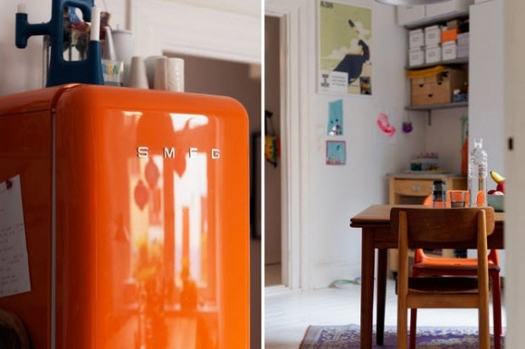 Small Two-Room Apartment With Lots of Colorful Stuff_2