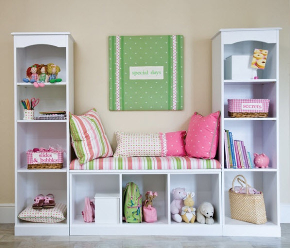 Colorful Reading Nooks for Book Lovers_2