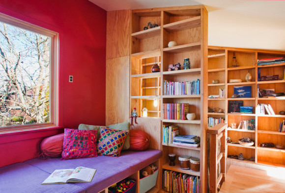 Colorful Reading Nooks for Book Lovers_20