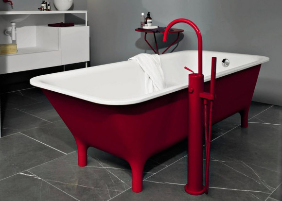 Colorful Bathtub by Ludovica+Roberto Palomba