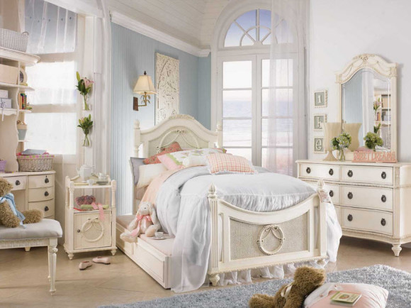 Bedroom with Shabby-Chic Style_2