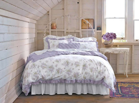 Bedroom with Shabby-Chic Style_3
