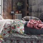Bedroom with Shabby-Chic Style_5