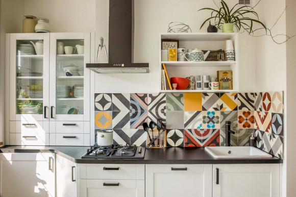 Bright Patchwork Tile Backsplash Designs for Kitchen