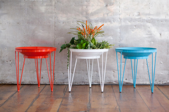 Simple and Colorful Garden Planters from Steel Life