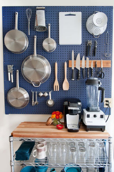 Practical, Creative, Decorative Pegboard Ideas for Kitchen_1