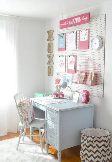 Practical, Creative, Decorative Pegboard Ideas for Workspace_1