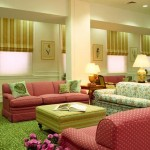 7 Simple and Colorful Living Rooms