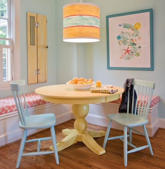 Dining room wall decor dining room paint ideas 2 at in for Wall paint ideas for dining room
