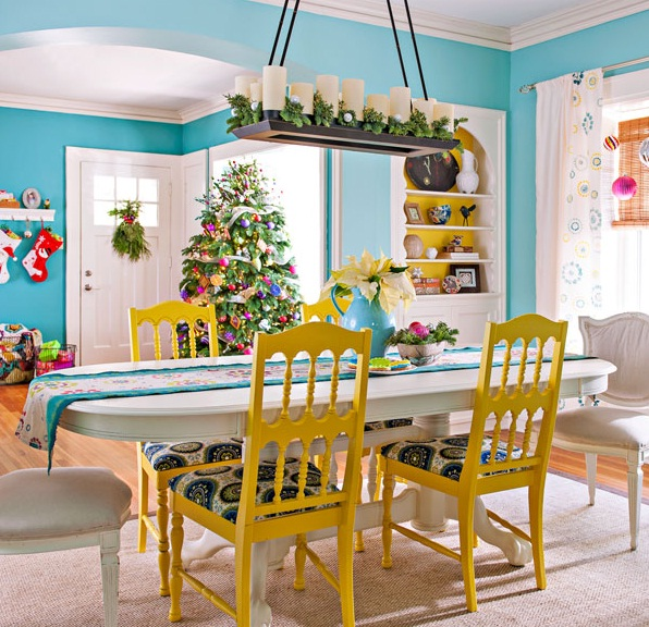 Dining room wall decor paint vs wallpaper in seven for Dining room wall paint ideas