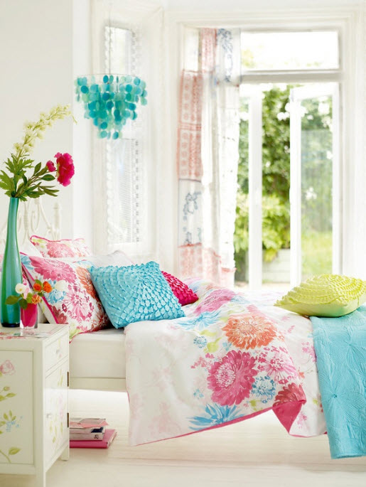 17 simple and colorful design ideas for decorating for Simple girls bedroom