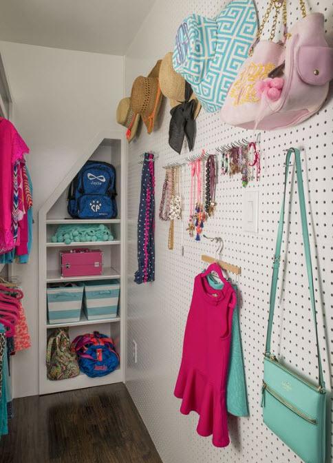 Practical, Creative, Decorative Pegboard Ideas for Closet