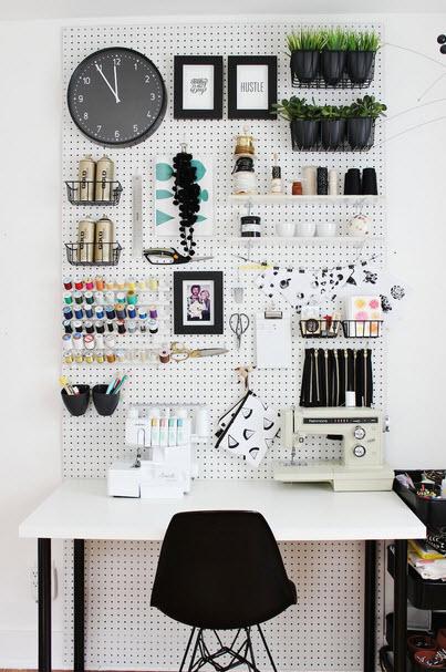 Practical, Creative, Decorative Pegboard Ideas for Workspace_2